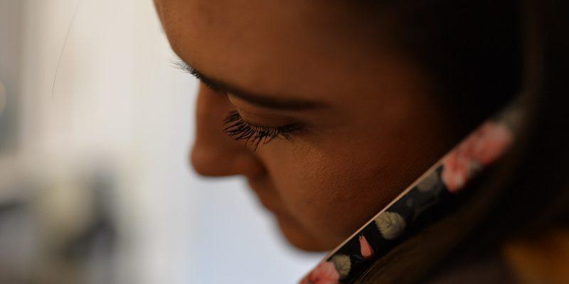 TelefonSeelsorTelefonSeelsorge – Hilfe in kritischen Lebensphasenge – 24 Stunden Hilfe bei kritischen Lebensphasen